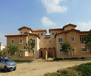 Townhouse villa in hydepark ‎ج.م.4,000,000‎ - Cairo, Egypt Total land area of