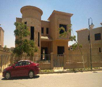 Villa for sale in 6 October City compound Swan Lake 6 October